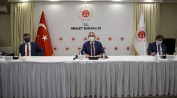 Adalet Bakanı Gül, 31 ilin baro başkanı ile bir araya geldi