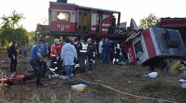 Malatya'da iki yük treni çarpıştı. 1 kişi öldü, 3 kişi yaralandı