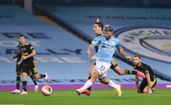 Manchester City, Arsenal'i 3-0 yendi