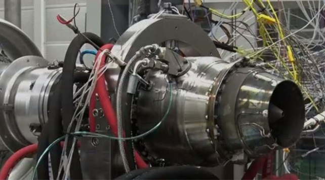 Türkiye'nin ilk yerli füze motoru (TEI-TJ300) Test edildi