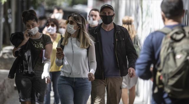 Maske takmayanlara yarından itibaren 900 lira ceza kesilecek
