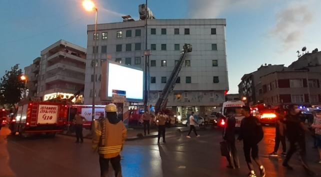 Esenler'de özel bir hastanede yangın