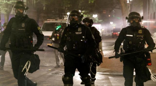 Beyaz Saray Sözcüsü McEnany, Portland'daki şiddet olaylarına ilişkin, Açıklama