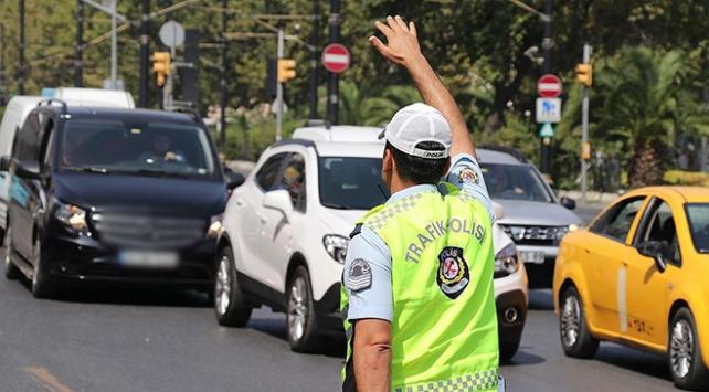 İstanbul'da cuma günü bazı yollar trafiğe kapatılacak