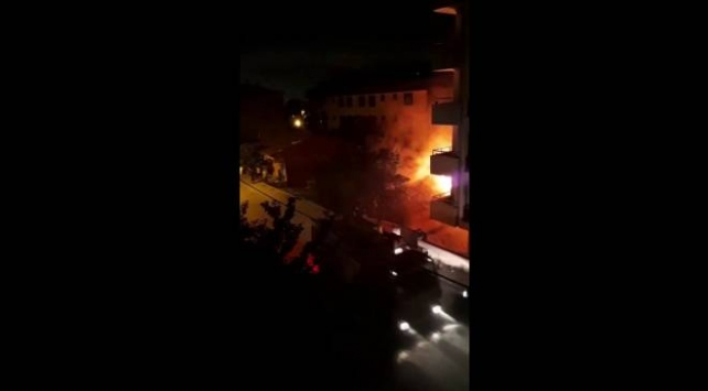 İstanbul Sultanbeyli'de bir gecekonduda yangın çıktı
