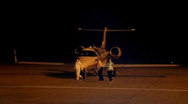 Hasta, Sağlık Bakanlığına ait ambulans uçakla Türkiye'ye getirildi