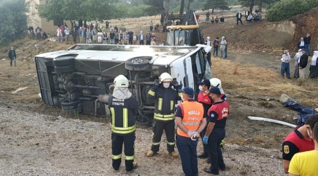 Muğla'da kazada 1 kişi öldü, 12 kişi yaralandı