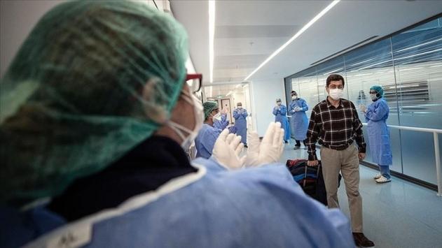 Türkiye'de iyileşenlerin sayısı 226 bin 155'e yükseldi