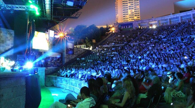Harbiye Açıkhava'da ünlü sanatçılar sahne alacak