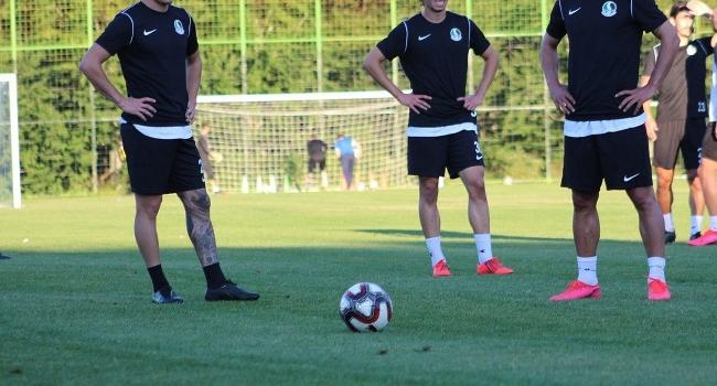 Sakaryaspor'da 3 futbolcunun COVID-19 testi pozitif çıktı