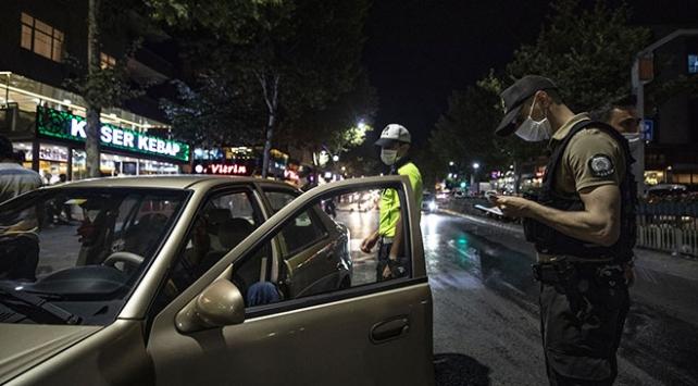 İstanbul'da 432 şüpheli ile 117 yoklama kaçağı yakalandı
