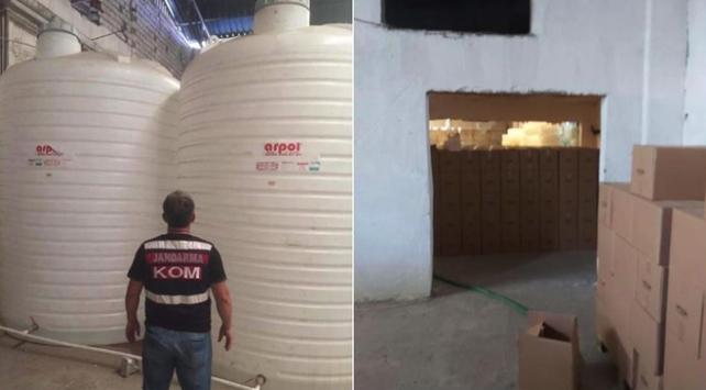 İzmir'de 1,5 ayda 18 ton sahte içki, 18 ton etil alkol ele geçirildi