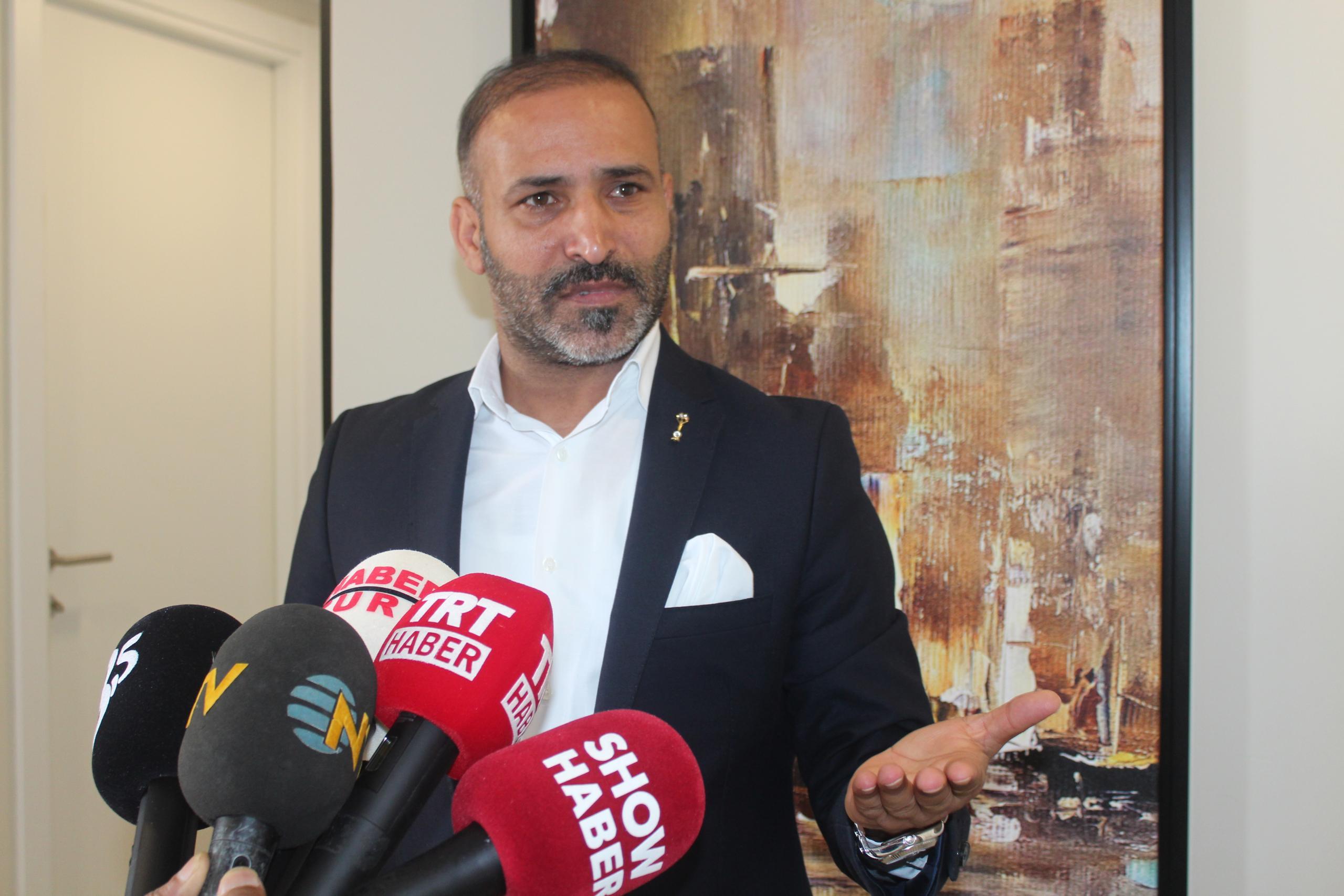 Ünlü Yönetmen Murat Uygur'dan İzmir Depremi Mesajı!