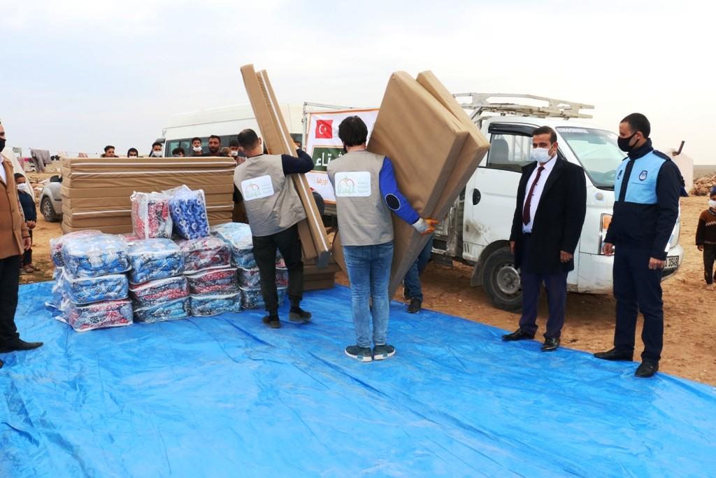 Kuveyt'ten gelen yardımları Akçakale belediyesi kendine mal ediyor!