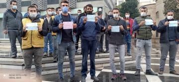 Mobilyacı esnafı Büyükşehir önünde toplandı!