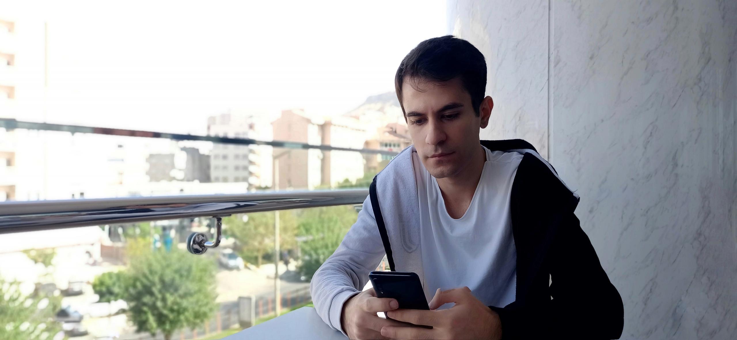Rüzgar Sertkaya İstanbul'da Dijital Medya Eğitimi Veriyor!