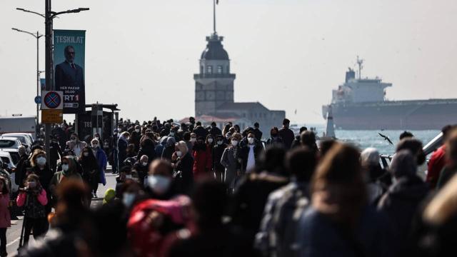 İstanbul'da sahiller doldu taştı