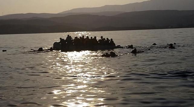 Tunus'ta tekne battı en az 20 kişi hayatını kaybetti