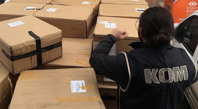 operasyonda 22 bin 201 şişe kaçak parfüm ele geçirildi