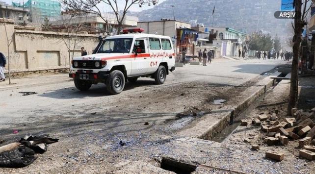 Afganistan'da Vali Kayyum'un konvoyuna saldırı,1 ölü