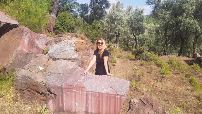 Mermer Kraliçesi Akyıldız `ın Yeni Projesi Türkiye'de Bir İlk