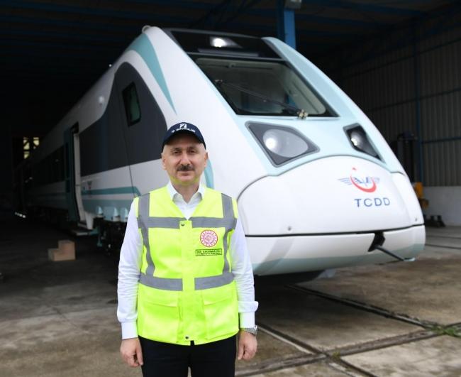 Türkiye'nin ilk yerli ve milli elektrikli tren Üretime başlıyor